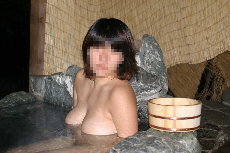 【画像】 素人女子が温泉に入るとこんな感じらしい