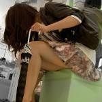 【パンチラエロ画像】婦人靴コーナーを覗いてみようか、パンチラ拝み放題らしいぞwww