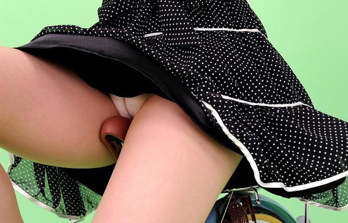 (自転車女子えろ写真)サドルになりたいのではなくチャリと立場変えてその尻乗せたいwwwwww