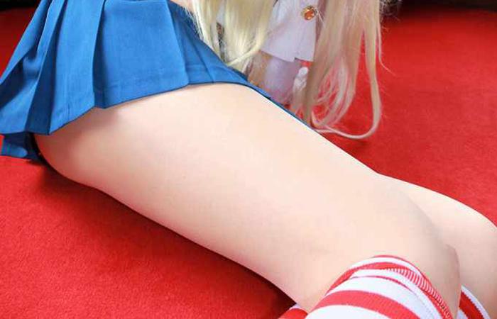 (コスプレえろ写真)コスるならケアは絶対☆美足でこそ引き立つ色っぽいレイヤー達wwwwww