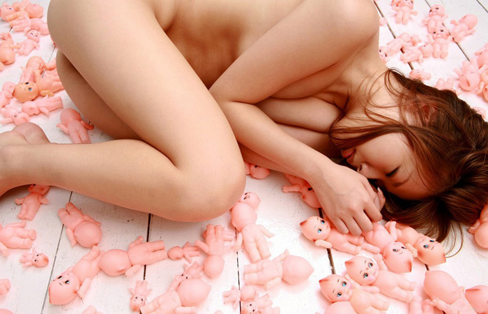 (マニアえろ写真)(※閲覧注意)女体と色んな○○まみれ、衝撃のラストwwwwww