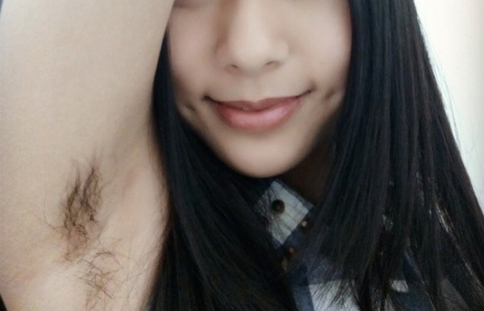 (腋マニアえろ写真)モデルでもガッカリ…正直剃って欲しいアジア小娘の腋下wwwwww