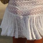 【透け下着エロ画像】見えなさそうで透けているwパンチラの手間いらずな透け下着素人www