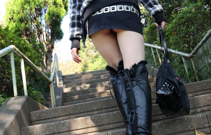 (美足えろ写真)寒くても生脚の大人はいる☆ブーツで絶対領域作った皆さんwwwwww