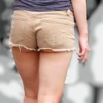 【ショーパンエロ画像】美脚とハミ尻どちらも見放題な街角ショーパン撮りwww