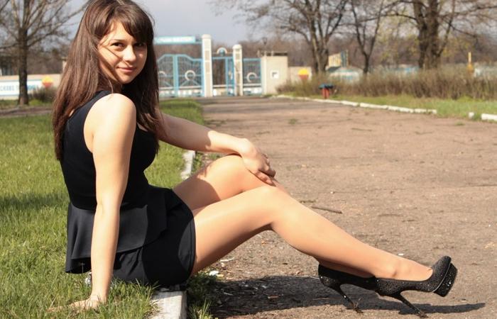 (海外美足えろ写真)超長くて清楚☆近くなら圧倒される外人さんの美足観察wwwwww