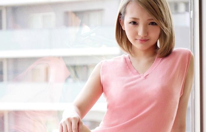 【三次エロ動画】20歳の関西娘が初めての生中出しとごっくんに挑戦!