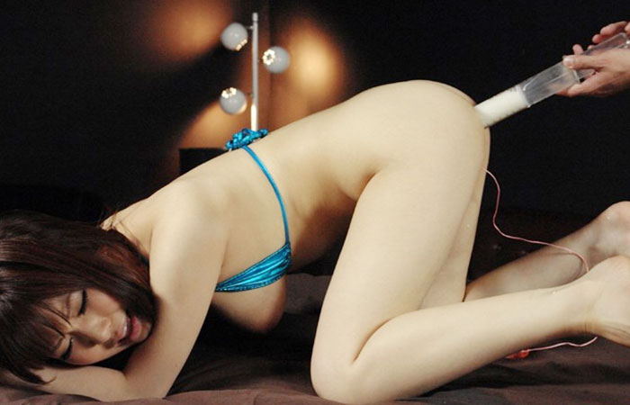 (SMえろ写真)たっぷり噴射への前奏曲wwM女の尻にたっぷり液体カンチョウwwwwww